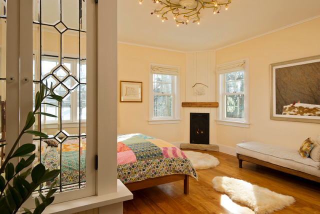 Leed platinum home farmhouse bedroom new york by for Room 4 design leeds