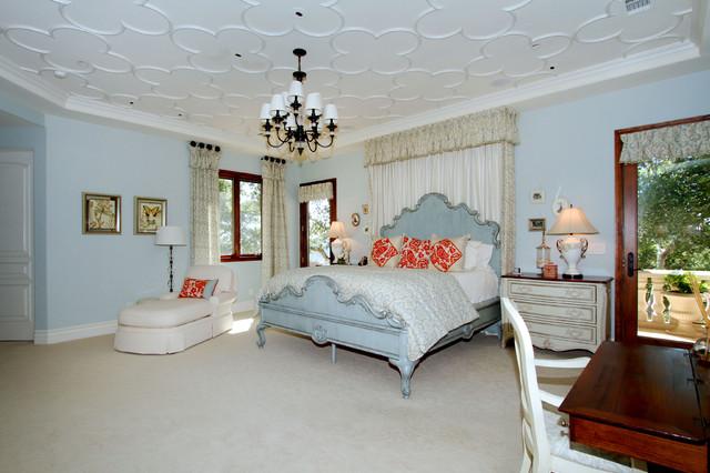 Baron Canyon Chateau mediterranean-bedroom