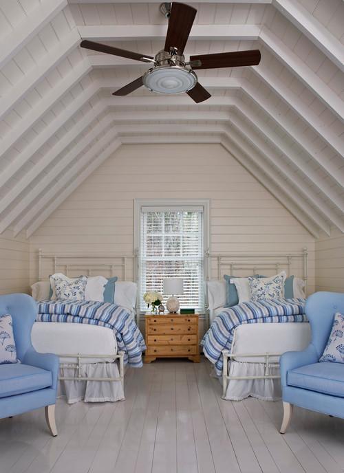 светлые стены голубые акценты в спальне