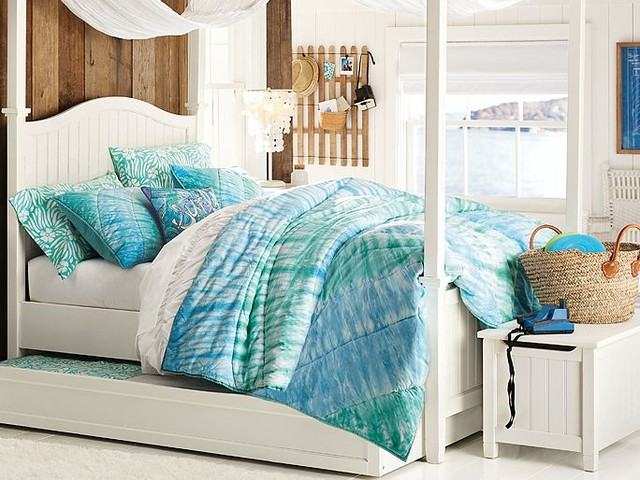 Beadboard Canopy Tie Dye Bedroom Traditional
