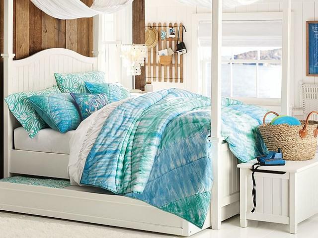 Beadboard Canopy Tie Dye Bedroom traditional-bedroom