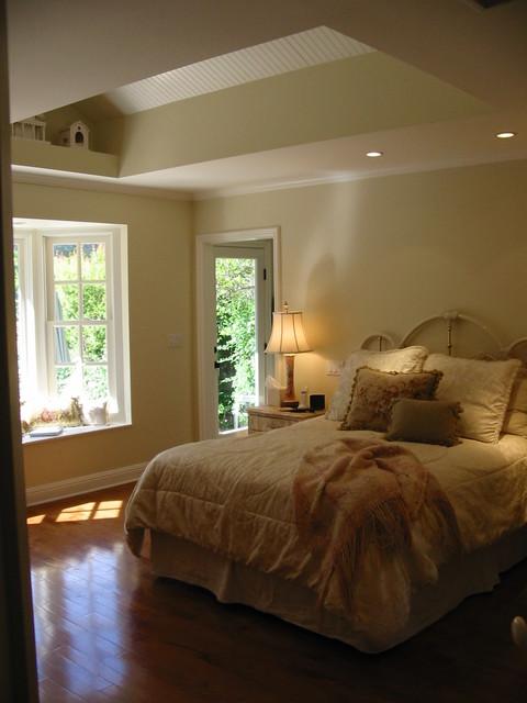 beadboard cottge style master bedroom tarzana ca beach