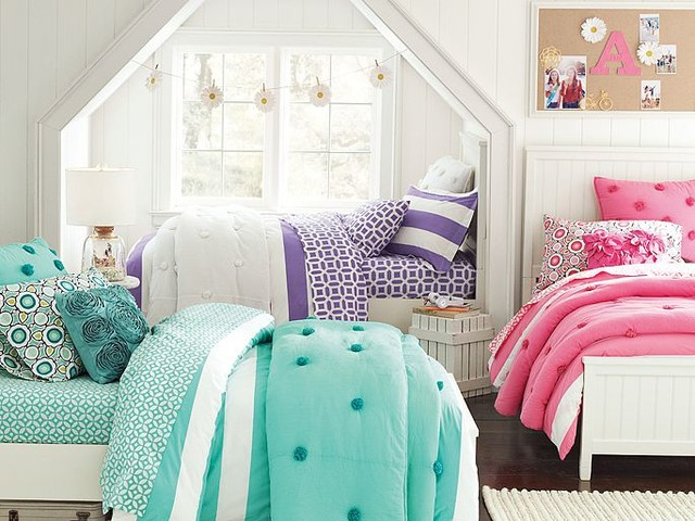 Pb Teen Girl Bedding: Beadboard Crinkle Puff Bedroom