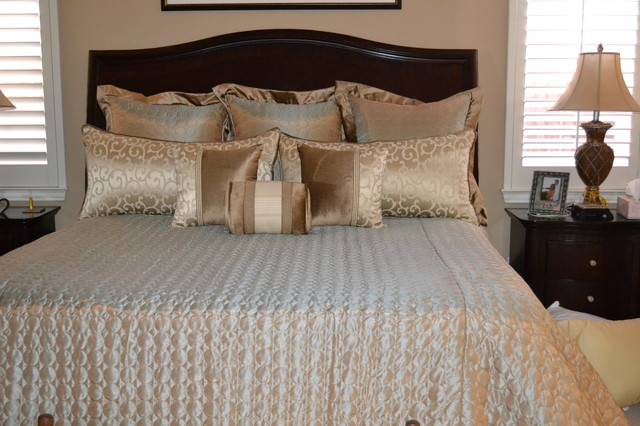 Beautiful Transitional Master Bedroom Traditional Bedroom Dallas By Barbara Gilbert