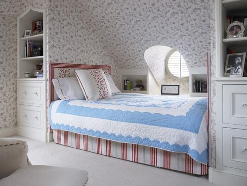 Sleeping Niche traditional bedroom
