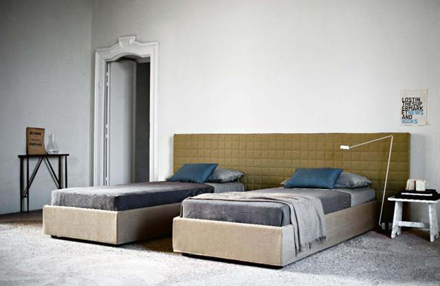 Bed 03359 Contemporary Bedroom Philadelphia By Usona
