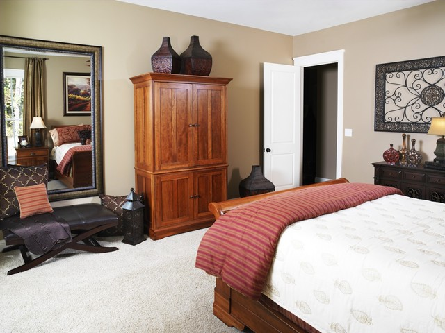 Beddingfield Master retreat traditional-bedroom