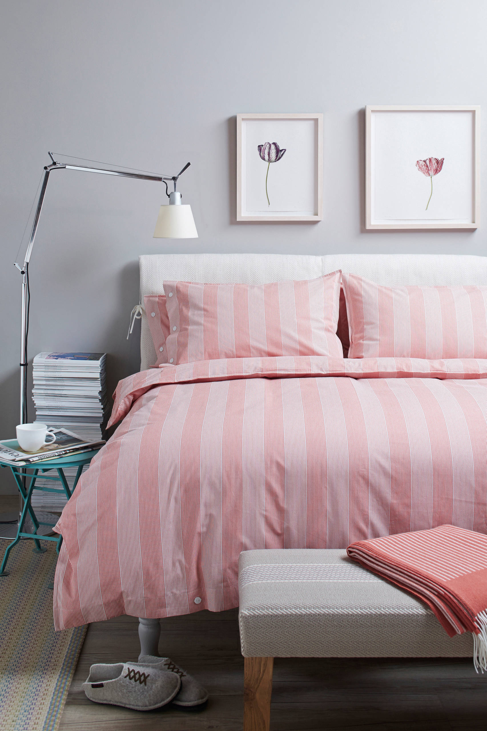 Picture of: Teen Girls Twin Beds Houzz