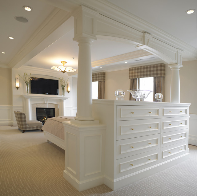 traditional bedroom by Woodmeister Master Builders