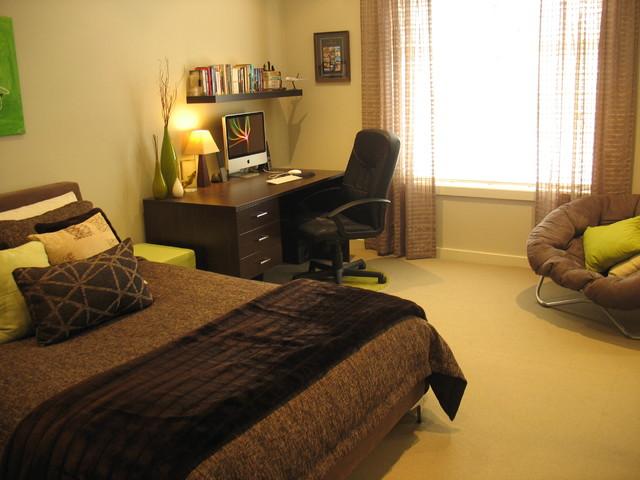 Bedroom, 2 story home, San Diego, CA contemporary-bedroom