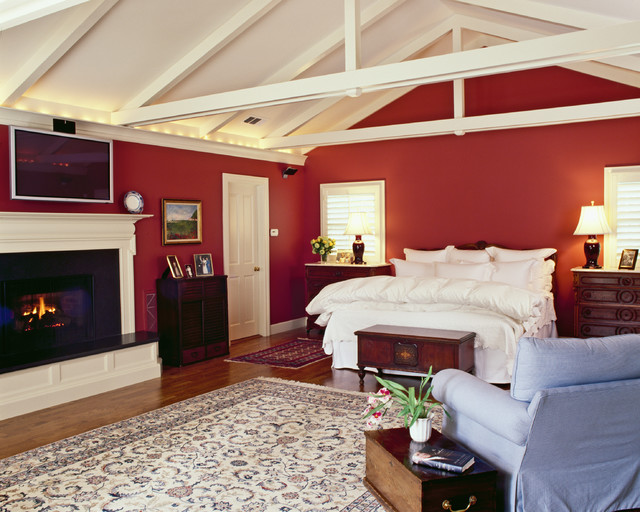 Bedroom traditional-bedroom