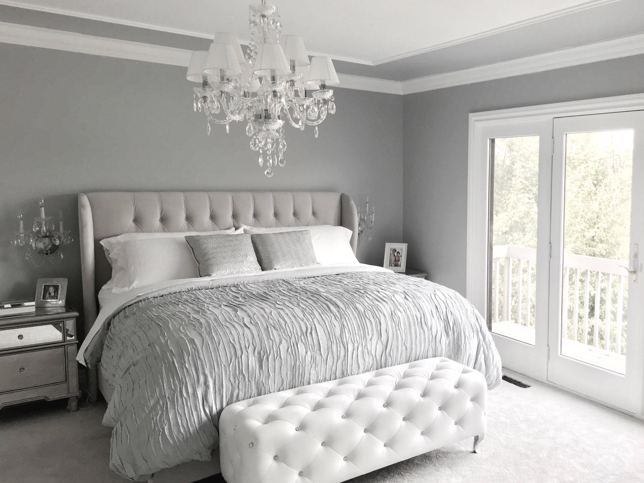 75 Beautiful Shabby Chic Style Bedroom With Gray Walls Pictures Ideas February 2021 Houzz