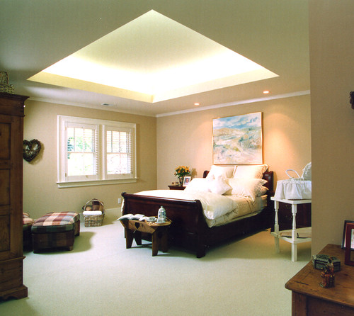 Tray ceiling lighting