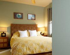 Bedroom tropical-bedroom