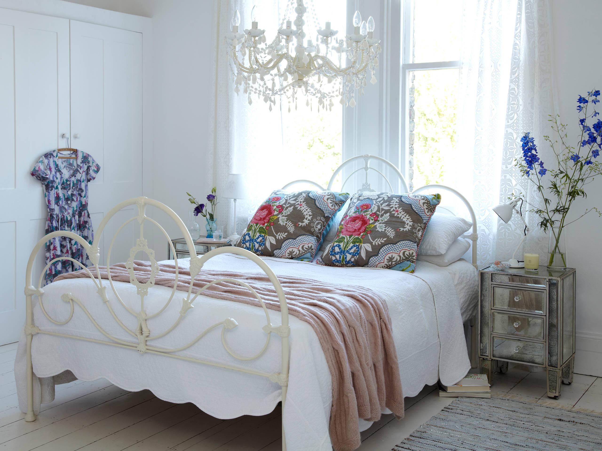 Chandelier In Bedroom Ideas Photos Houzz