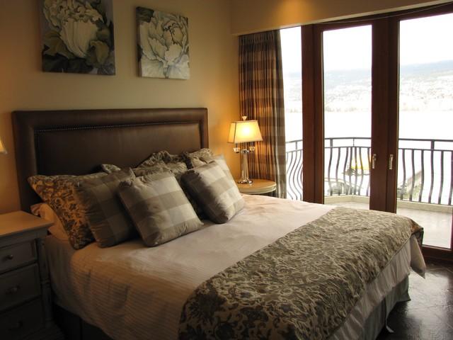 Bedroom - mid-sized traditional master ceramic floor and brown floor bedroom idea in Vancouver with beige walls