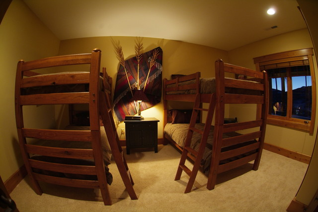 Bedrooms traditional-bedroom