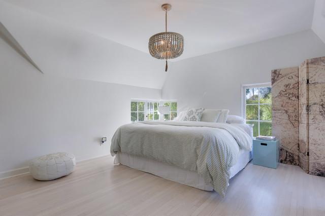 Bedrooms コンテンポラリー-ベッドルーム