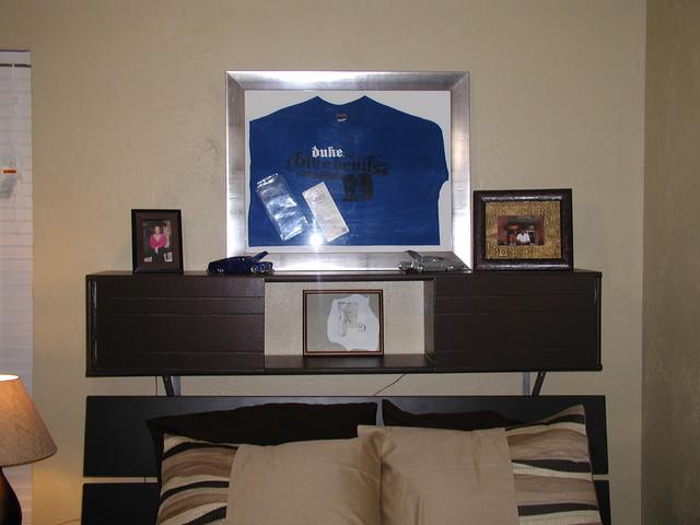 Bedrooms modern-bedroom