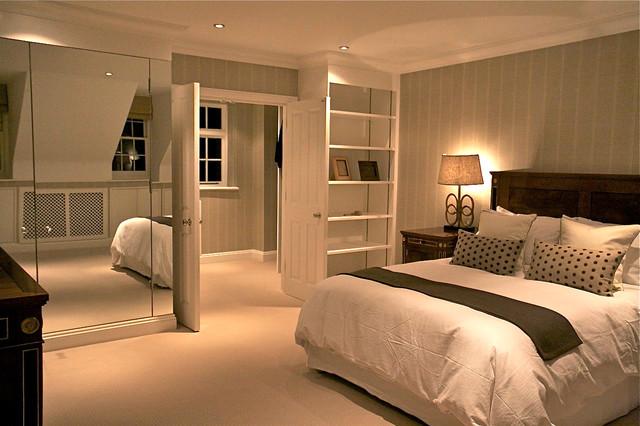 Belgravia Mews House traditional-bedroom