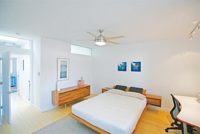 Berks Twins Residence contemporary-bedroom