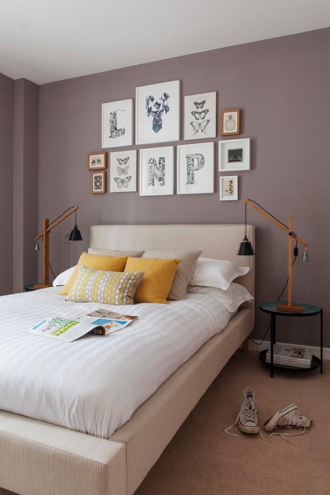 Bedroom - eclectic carpeted bedroom idea in London