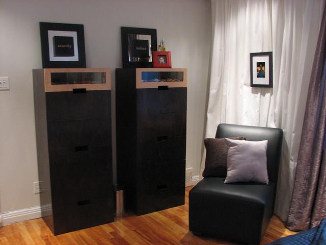 Bev's contemporary-bedroom