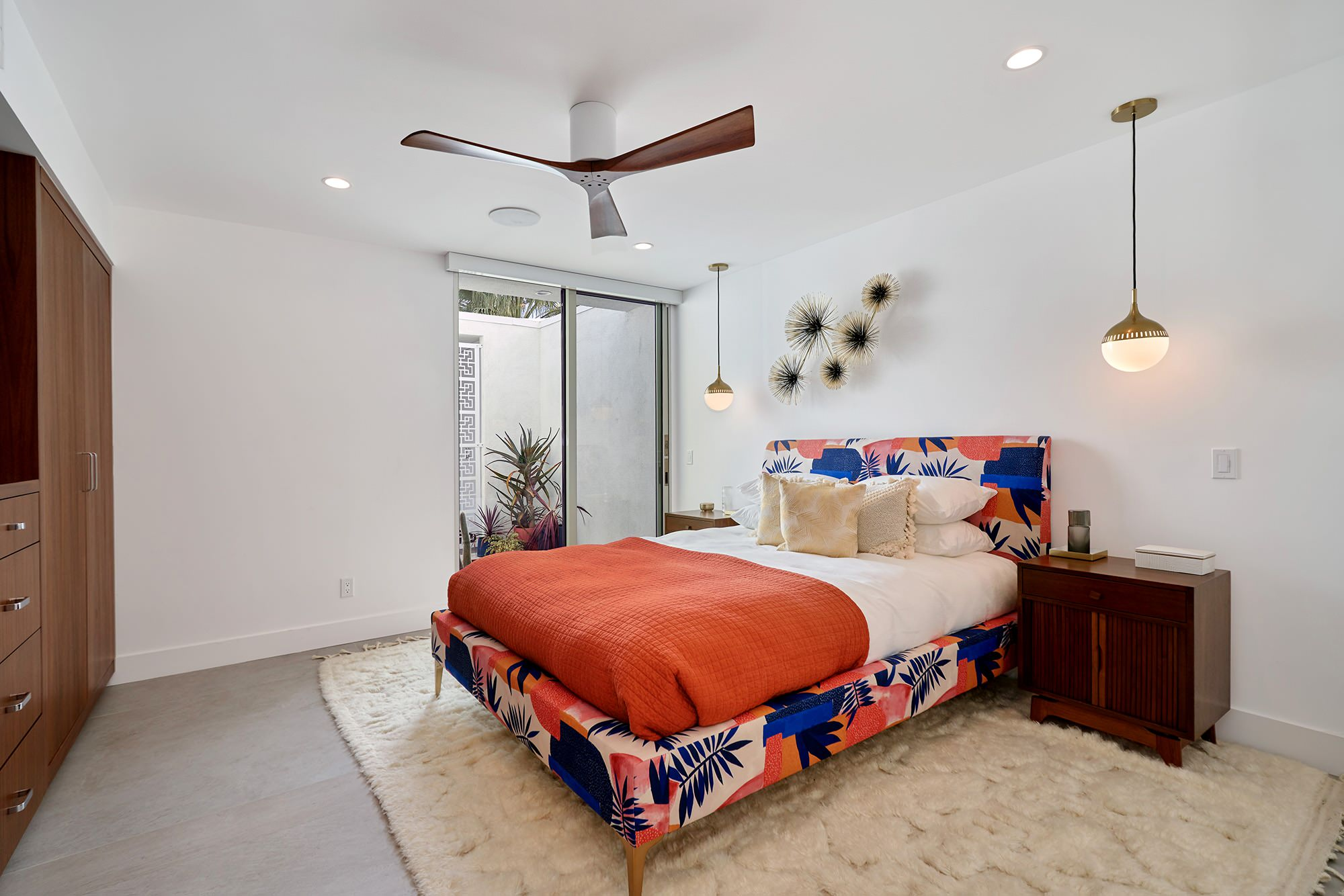 75 Beautiful Bedroom Pictures Ideas February 2021 Houzz