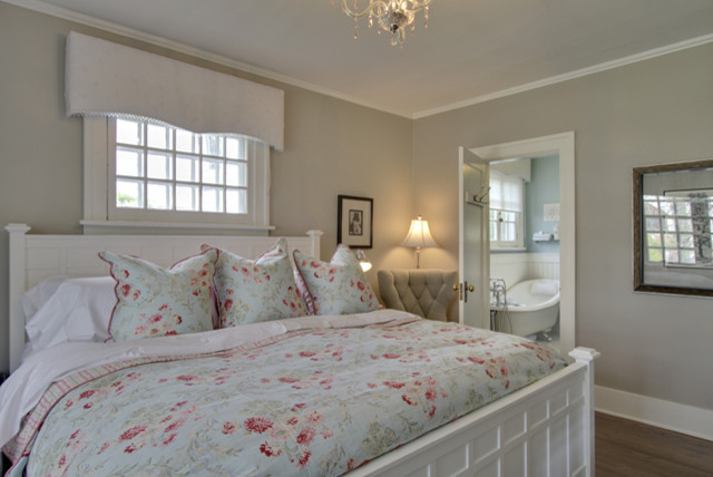 Bilton Design Group traditional bedroom