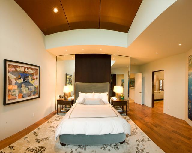 Birnham Wood modern-bedroom