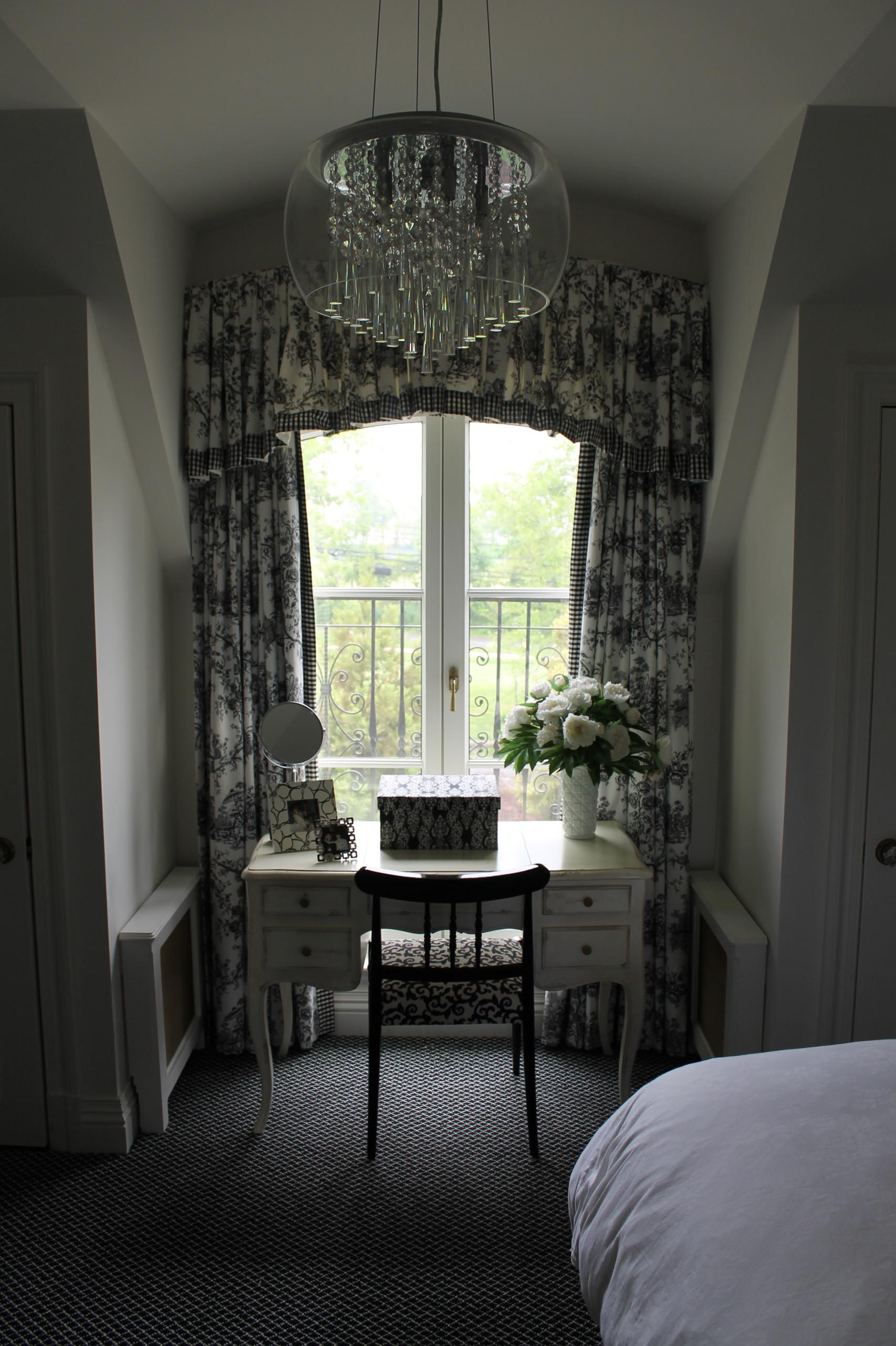Black & White Bedroom Lawrence, NY Home