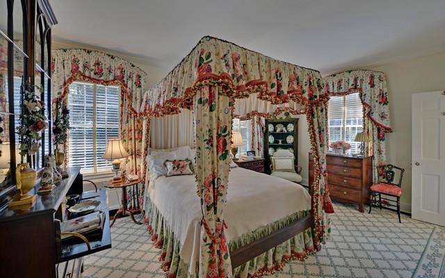 Black Banks Plantation Victorian Bedroom Atlanta