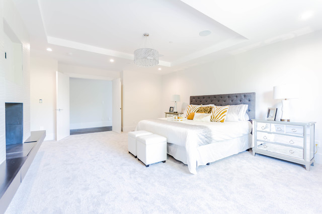 Blackburn - White Rock - Modern - Bedroom - Vancouver - by Wow! Factor Staging Rentals