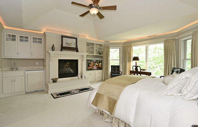 Bloomington 2-story traditional-bedroom