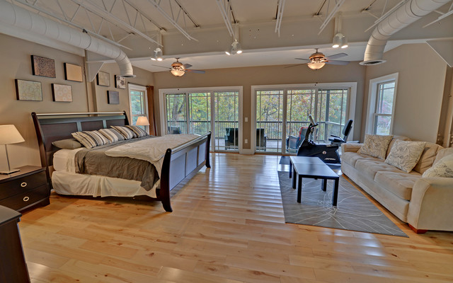 Blue ridge georgia custom homes modern bedroom for Custom home builders georgia