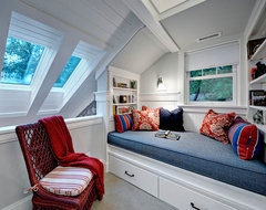Book nook traditional bedroom