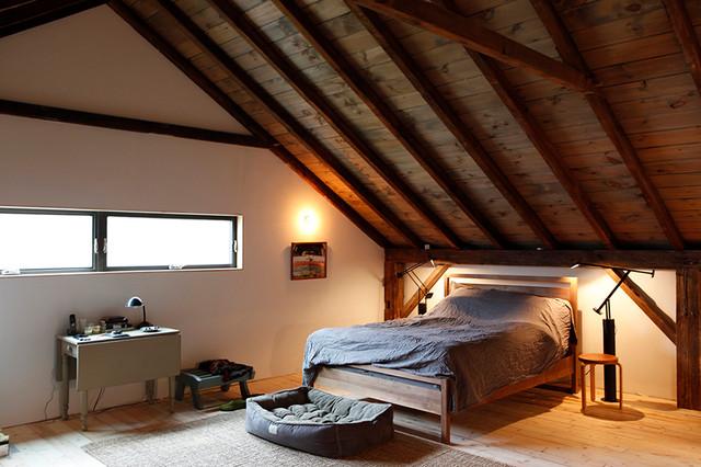 Bovina House rustic-bedroom