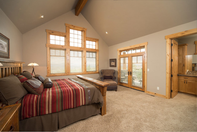 Brasada Ranch Home Master Suite Vaulted Ceiling Rustic Bedroom