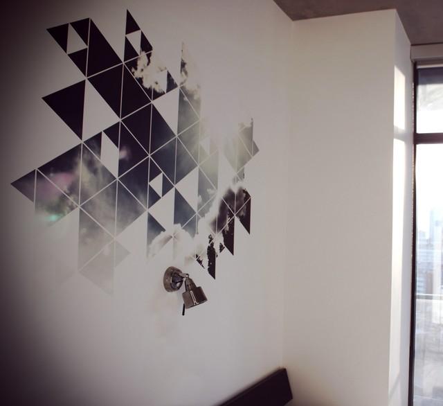 Breakthrough contemporary-bedroom