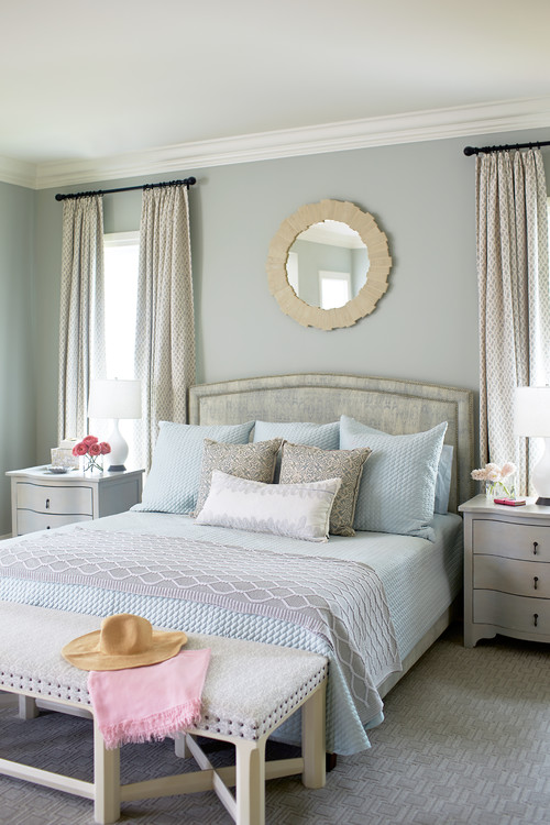 Benjamin Moore Gray Wisp  | Tricks for Choosing the Perfect Paint Color
