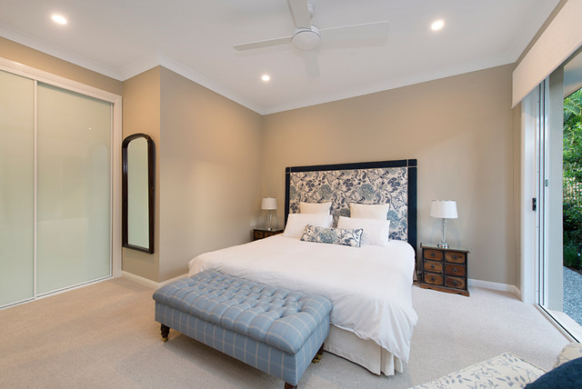 Photo of a traditional bedroom in Brisbane.