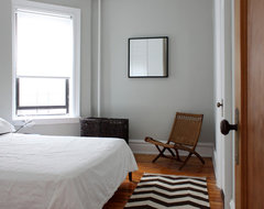 Brooklyn apartment modern-bedroom