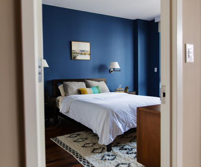 Brooklyn bachelor pad midcentury bedroom new york for Brooklyn bedroom ideas