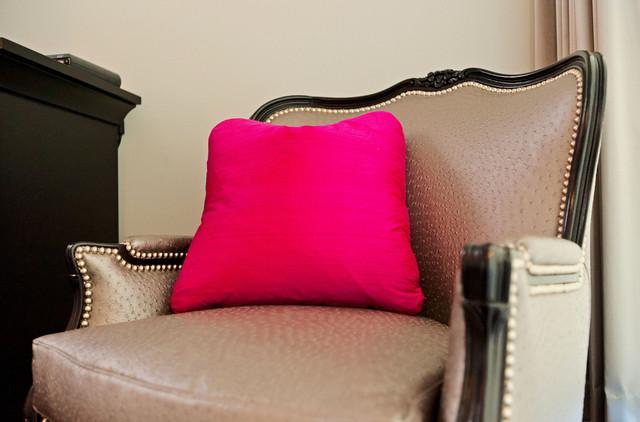 Buchanan - Contemporary Elegance traditional-bedroom