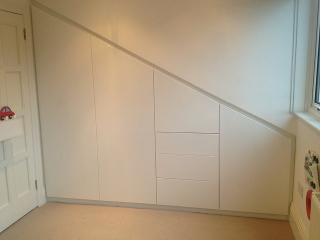 Built in under eaves wardrobes in cockfosters london for Eaves bedroom ideas