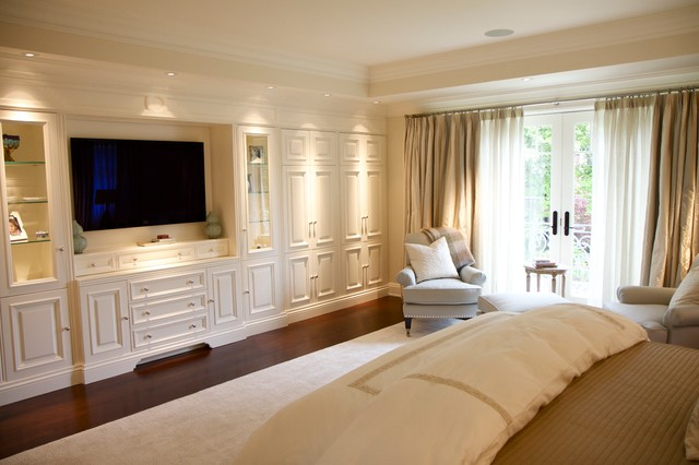 Built in wall unit traditional bedroom