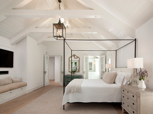 California Cottage country-bedroom