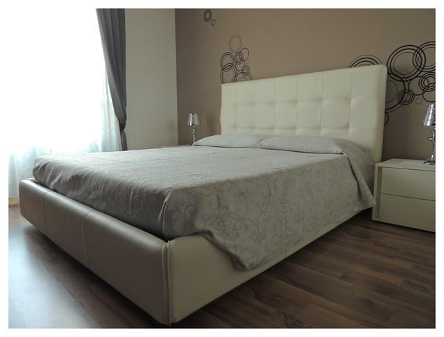 Camera da letto soft colours - Classico - Camera da Letto ...