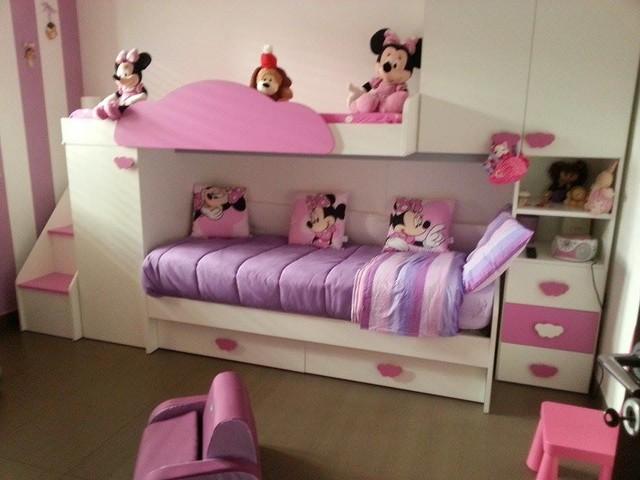 Cameretta bambini a soppalco bianca e rosa - Moderno ...