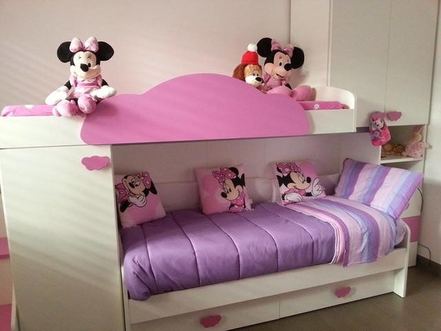 Cameretta bambini a soppalco bianca e rosa moderno camera da letto milano di - Letto a soppalco bambini ...